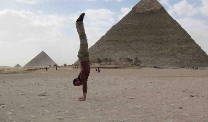 Xelias Handstands Around the World
