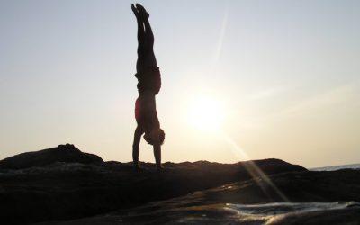 xelias-handstand-19